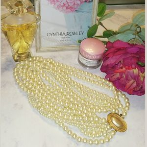 {Carolee} Vintage Faux Pearl Necklace with